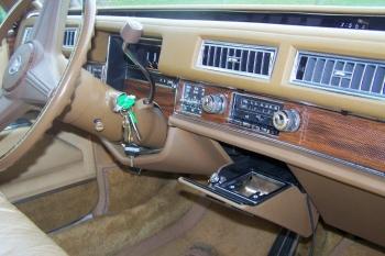 1976 Cadillac Eldorado Convertible Dash Board.jpg