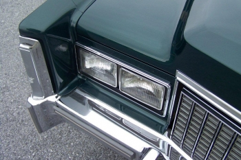 1976 Cadillac Eldorado Convertible Headlight Right.jpg