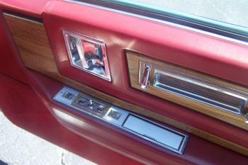 1985 Cadillac Eldorado Biarritz Convertible (2).jpg