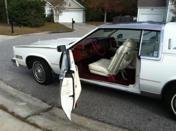 1984 Cadillac Eldorado Biarritz Coupe (4).jpg