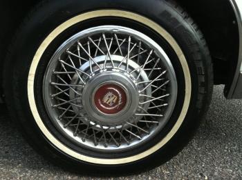 1984 Cadillac Eldorado Biarritz Coupe (1).jpg