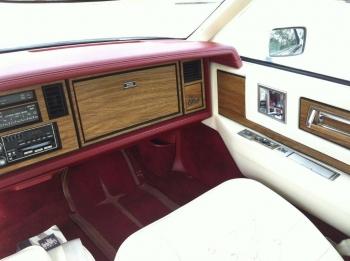 1984 Cadillac Eldorado Biarritz Coupe (10).jpg
