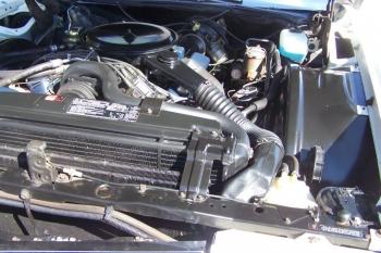 1976 Cadillac Eldorado Bicentennial 1256 - engine 2.jpg