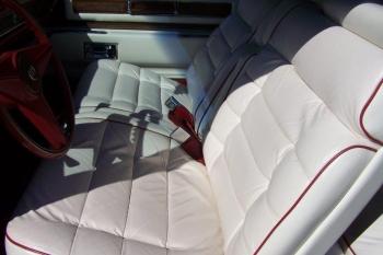 1976 Cadillac Eldorado Bicentennial 1256 - front seat 7.jpg