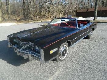 1976 Cadillac Eldorado Convertible Blk 1257 (FV1).jpg