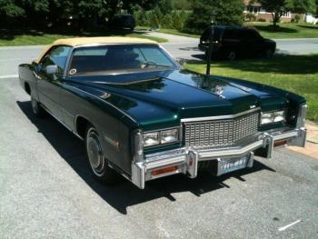 1976 Cadillac Eldorado Convertible 1258 (FV1).jpg