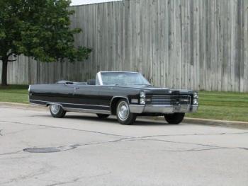 1966_Cadillac_Eldorado_Convertible_CID1960 (19).jpg
