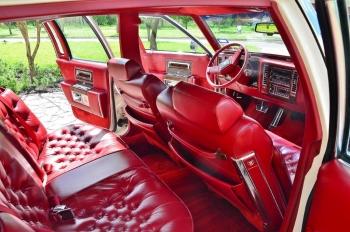1990 Cad Fleetwood Brougham - c1270  (10).jpg