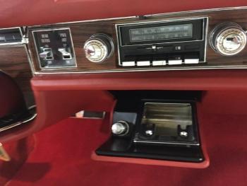 1976 Cadillac Eldorado Biarritz C1280 (27).jpg