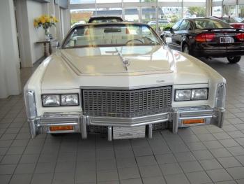 1976 Cadillac Eldorado Bicentennial C1282 (1).jpg
