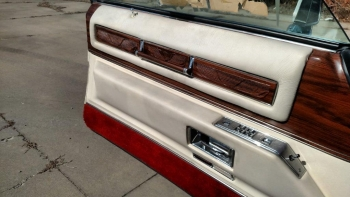 1976 Cadillac Eldorado Bicentennial C1282 (4).jpg