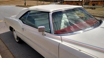 1976 Cadillac Eldorado Bicentennial C1282 (39).jpg