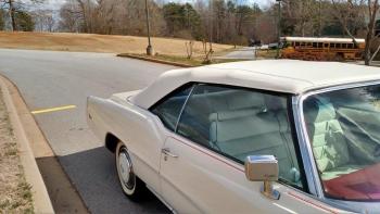 1976 Cadillac Eldorado Bicentennial C1282 (40).jpg