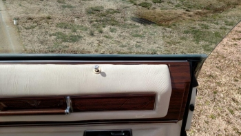 1976 Cadillac Eldorado Bicentennial C1282 (45).jpg
