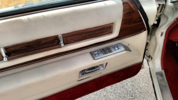 1976 Cadillac Eldorado Bicentennial C1282 (59).jpg
