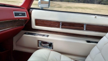 1976 Cadillac Eldorado Bicentennial C1282 (68).jpg