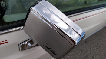 1976 Cadillac Eldorado Bicentennial C1282 (74).jpg