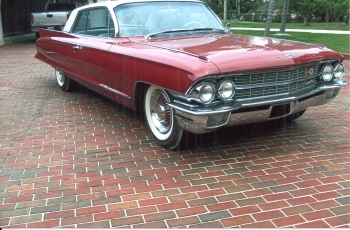 1962 Cadillac Coupe Deville C1281 (9).jpg