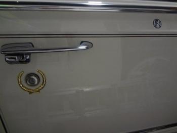 1991 Cadillac Brougham JF C1286 (24).jpg