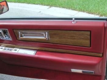 1985 Cadillac Eldorado Biarritz Convertible C1287 Interior (5).jpg