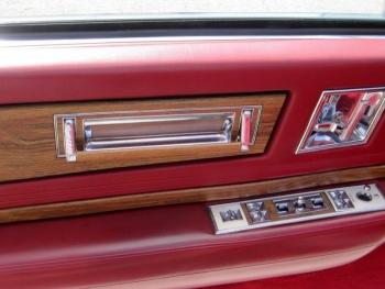 1985 Cadillac Eldorado Biarritz Convertible C1287 Interior (10).jpg