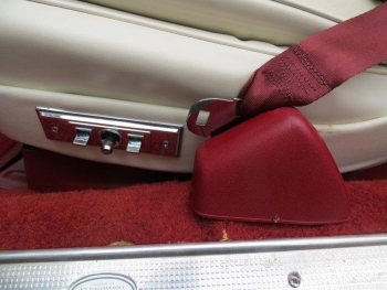 1978 Cadillac Eldorado Biarritz C1289 Int (3).jpg