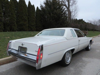 1979 Cadillac Coupe DeVille C1290 Ext (1).jpg