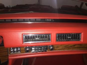 1976 Cadillac Eldorado Convertible C1292 Int (2).jpg