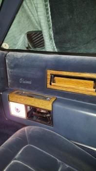 1983 Cadillac Fleetwood Brougham C1302 - Int (1).jpg