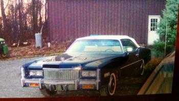 1976 Cadillac Eldorado Convertible(r) - C1301 (2).jpg