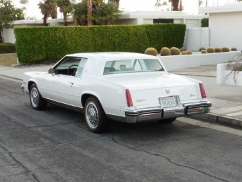 1985 Cadillac Eldorado Biarritz Commemorative Edition Coupe C1305-Ext (4).jpg