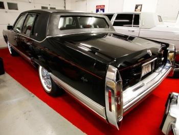 1991 Cadillac Brougham C1311-Ext (8).jpg