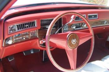 1976 Cadillac Eldorado ConvertibleBicentennial(C1314)-Int (11).jpg