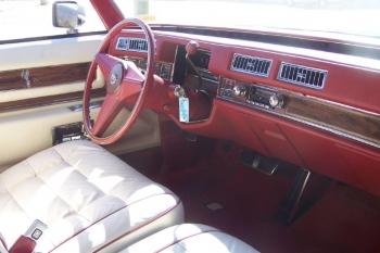 1976 Cadillac Eldorado ConvertibleBicentennial(C1314)-Int (18).jpg