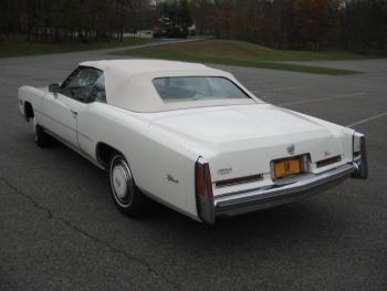 1976 Cadillac Eldorado ConvertibleBicentennial(C1314)-EXT (27).jpg