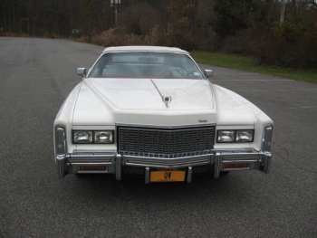 1976 Cadillac Eldorado ConvertibleBicentennial(C1314)-EXT (33).jpg