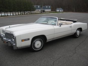 1976 Cadillac Eldorado ConvertibleBicentennial(C1314)-EXT (35).jpg