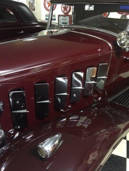 1932 Cadillac Roadster C1316-Exd 02.jpg