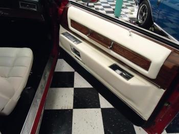 1976 Cadillac Eldorado Convertible C1321-Int 07.jpg