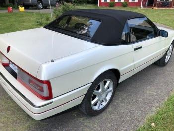 1993 Cadillac Allante C1322-Ext 07.jpg