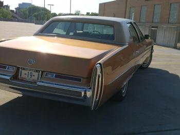 1976 Cadillac Fleetwood E\'legante C1323-Ext (2).jpg
