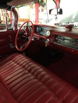 1959 Cadillac 62 Series C1325-Int 1.jpg