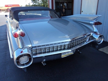1959 Cadillac 62 Series Convertible C1328-Ext 4.jpg