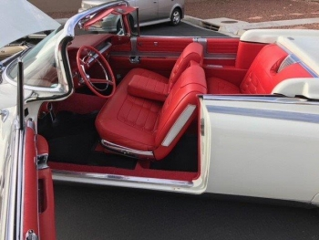 1959 Cadillac Eldorado Biarritz Convertible C1329-Int 1.jpg