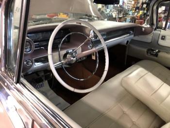 1959 Cadillac Eldorado Biarritz Convertible C1330-Int 1.jpg