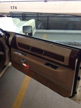 1976 Cadillac Eldorado Convertible C1333-Int 6.jpg