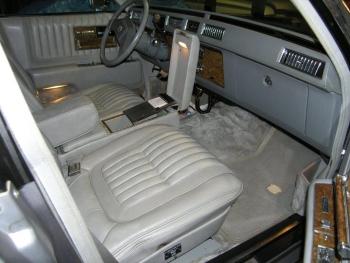 1979 Cadillac Seville Elegante C1334-Int 4.jpg
