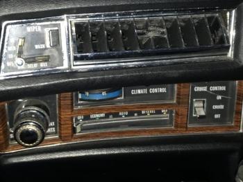1976 Cadillac Eldorado Convertible C1336-Int 10.jpg