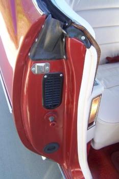 1976 Cadillac Eldo-Conv C1339-Exd 15.jpg