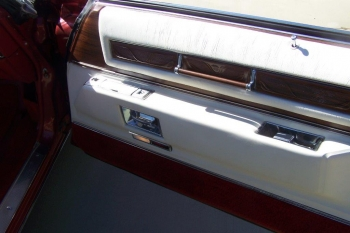 1976 Cadillac Eldo-Conv C1339-Int 14.jpg